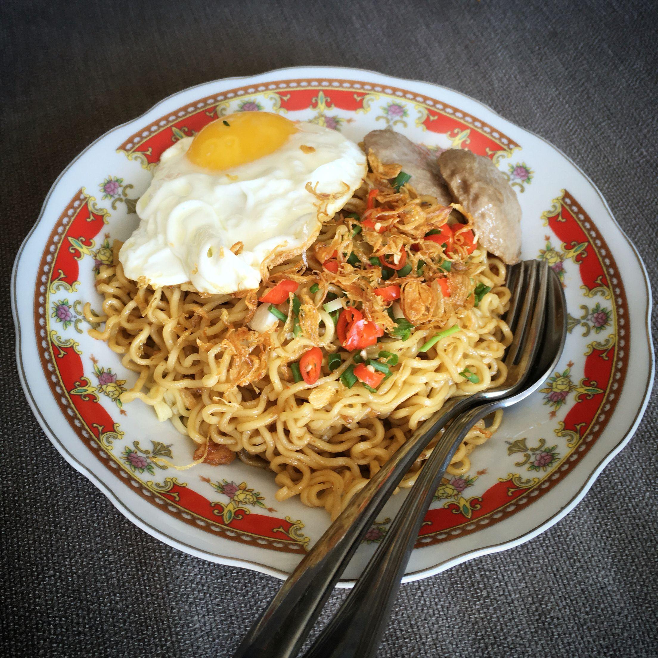 Indomie Goreng Telor Makanan Hidangan Penutup Masakan Indonesia