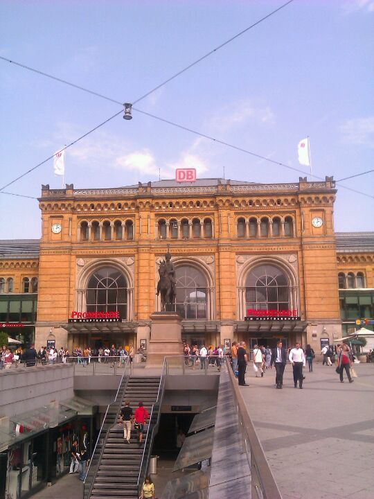 Hannover | TRAVEL | Hannover, Germany, Train station