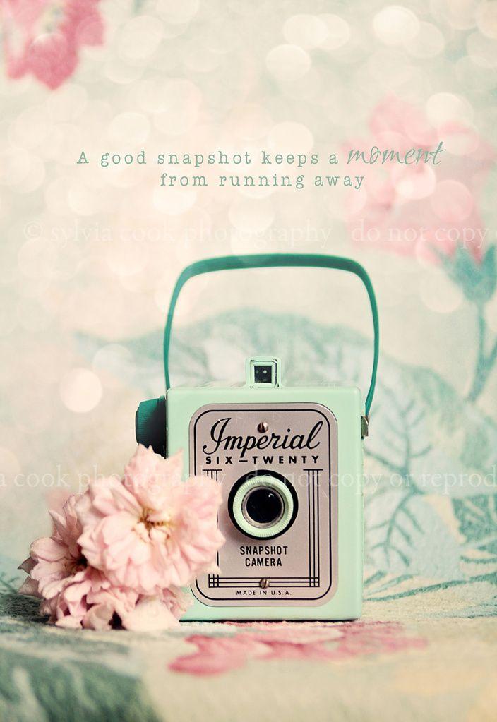 Print Vintage Camera Typography Mint Pink Iphone Wallpaper Vintage Best Iphone Wallpapers Wallpapers Vintage