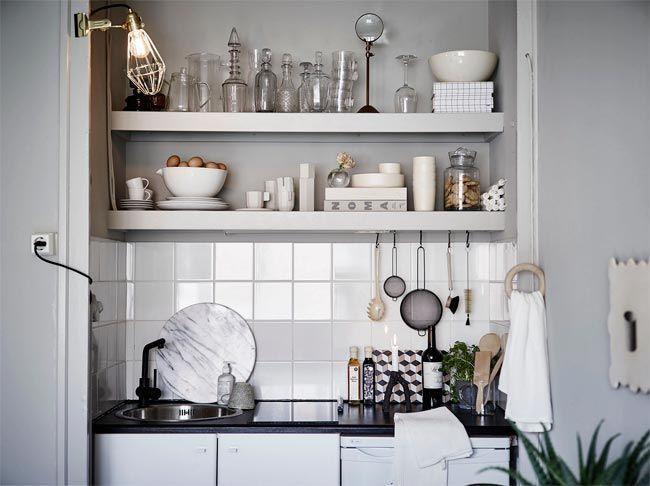 cocina-apartamento-gris-y-blanco-decoración-espacios-pequeños-estilo