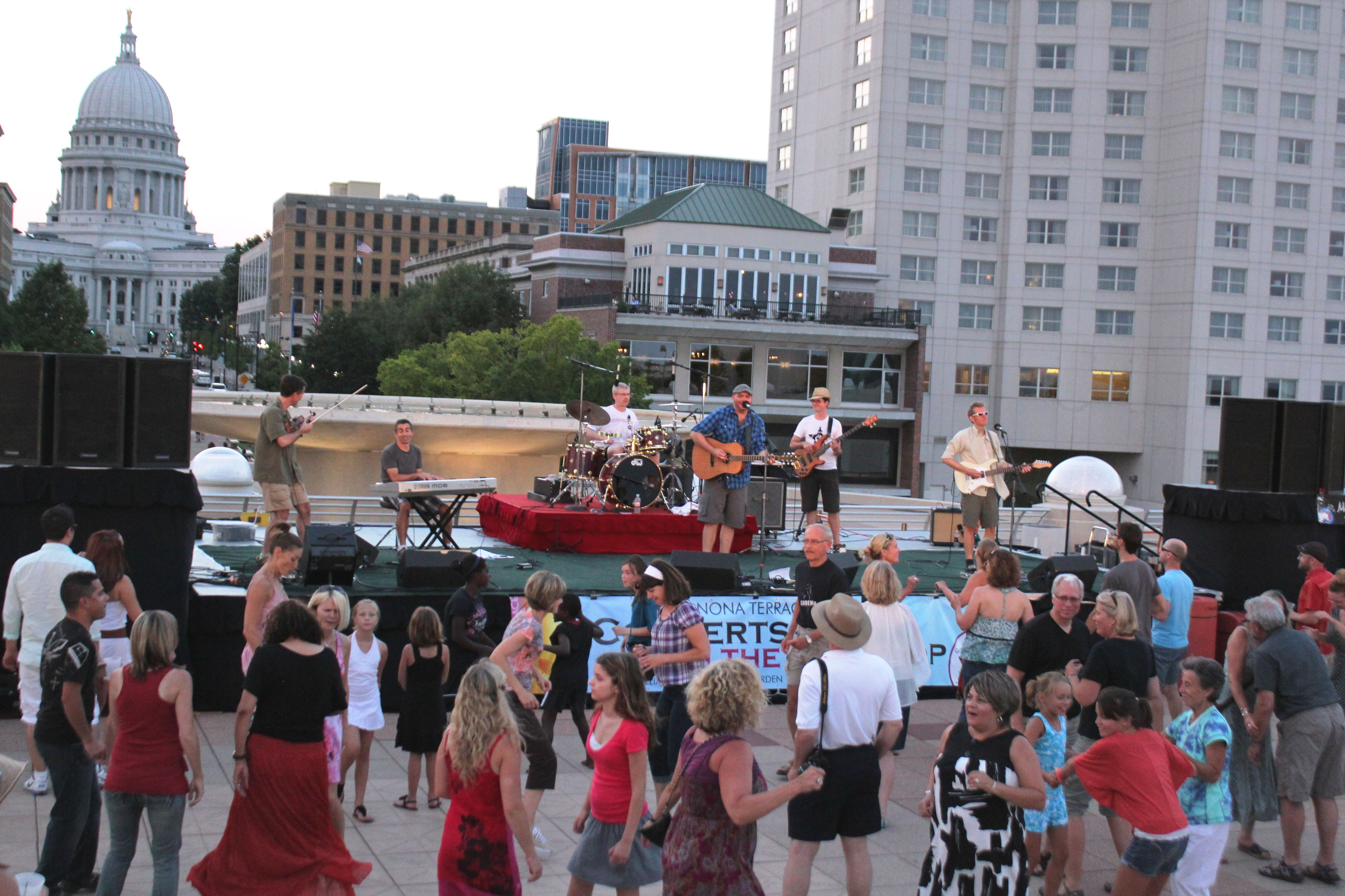 Despite The Heat An Awesome Crowd Turned Out To See The Mark Croft Band At Concerts On The Rooftop Community Events Monona Terrace Convention Centre