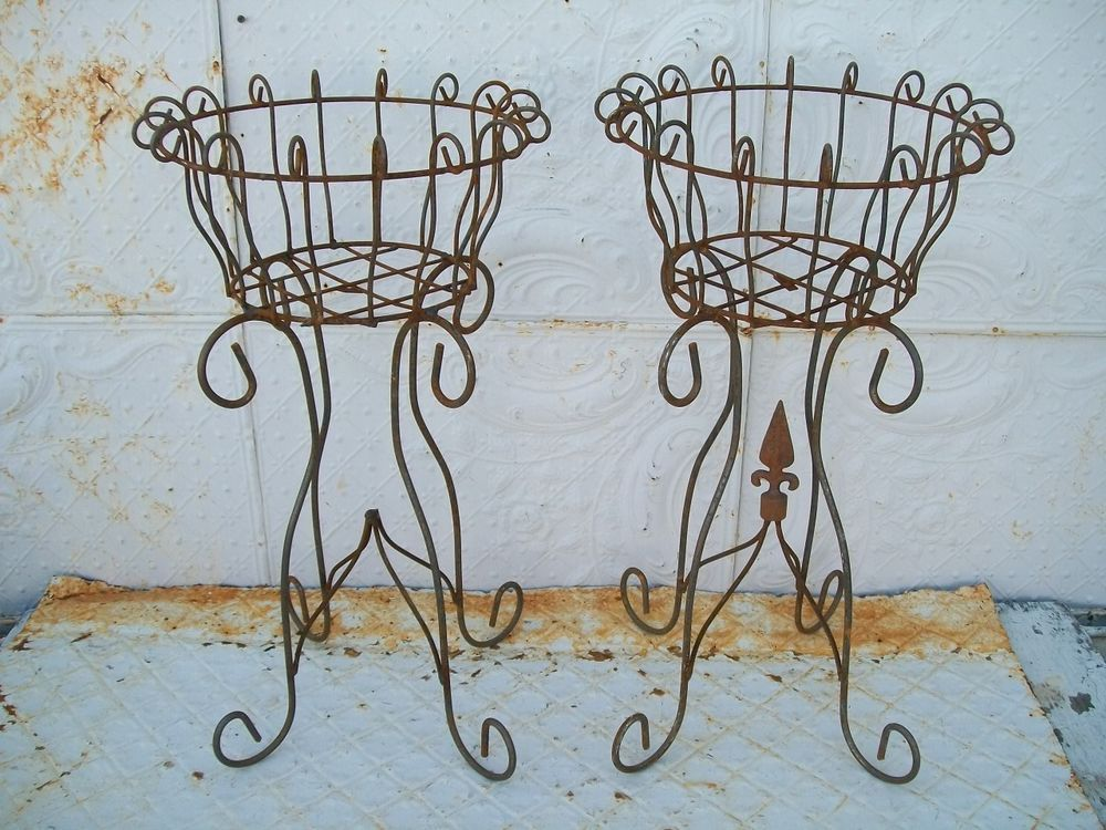Small Paris Garden Flower Planter Wrought Iron Plant Stand