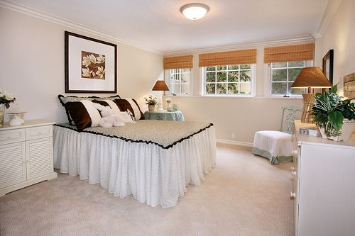 guest bedroom, light coloring, deeper accents, bedding Bedrooms