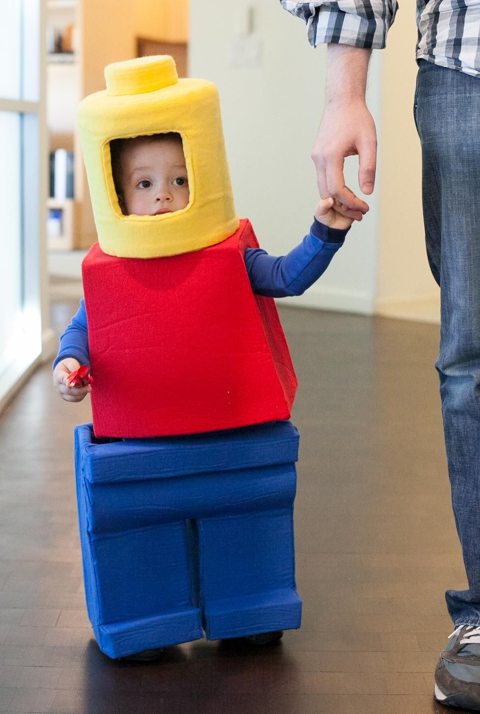 Lego Minifig Costume & Lego Minifig Costume | lego costume | Pinterest | Lego Costumes and ...