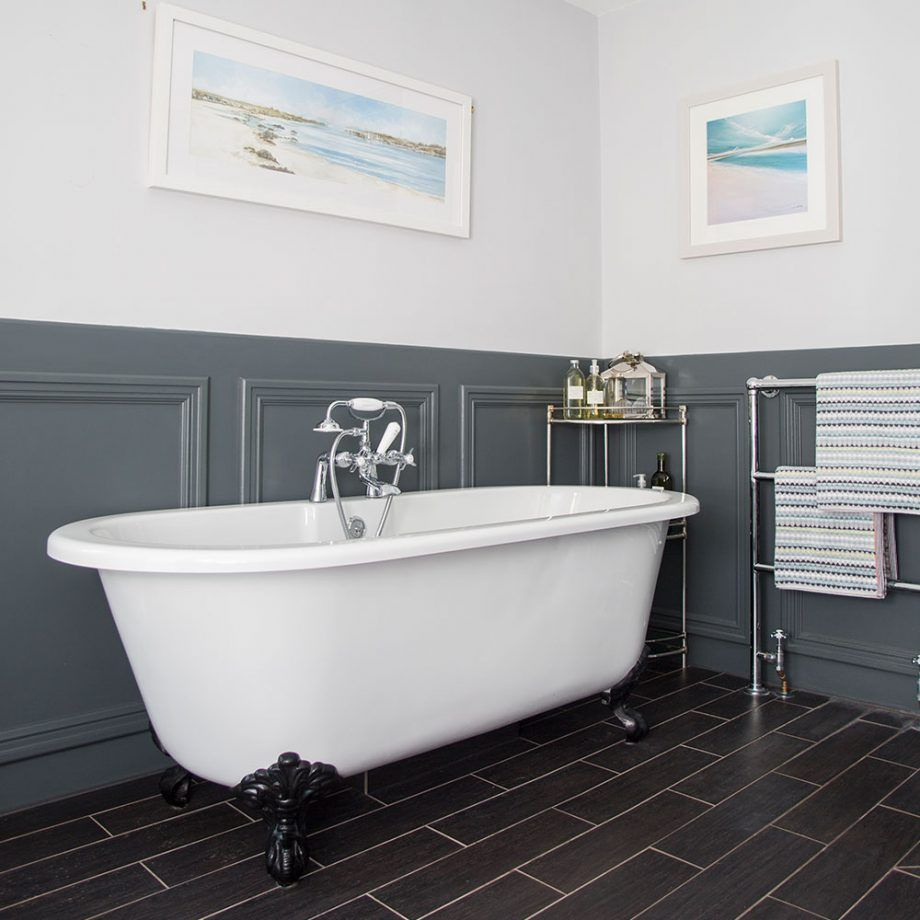 Traditional Bathroom With Grey Wall Panelling Traditional Bathroom Bathroom Wall Panels Gray Bathroom Walls