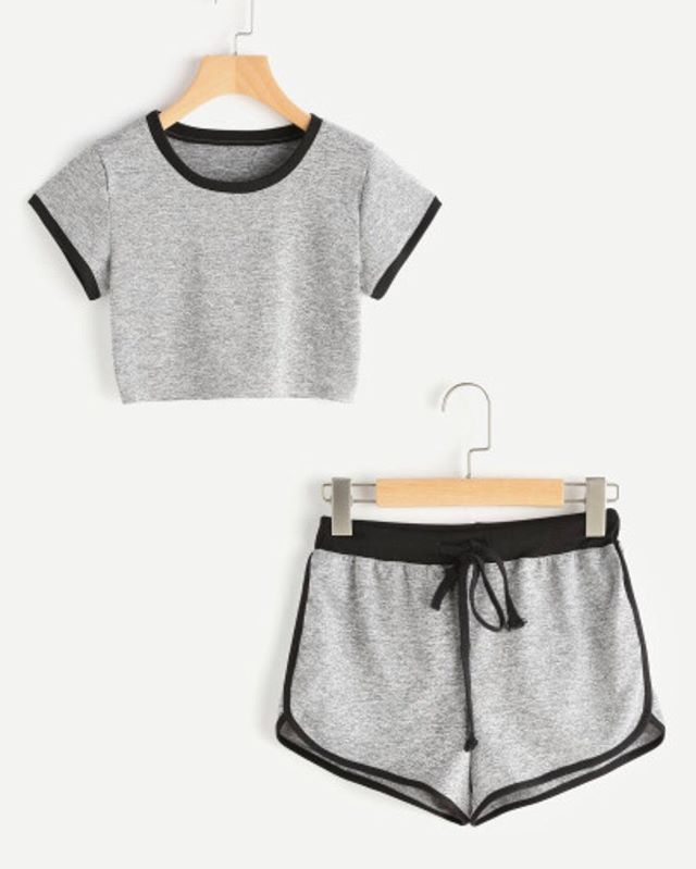 Ringer Crop Tee With Dolphin Hem Shorts – www.anabellas.co #anabellas #conjunto …