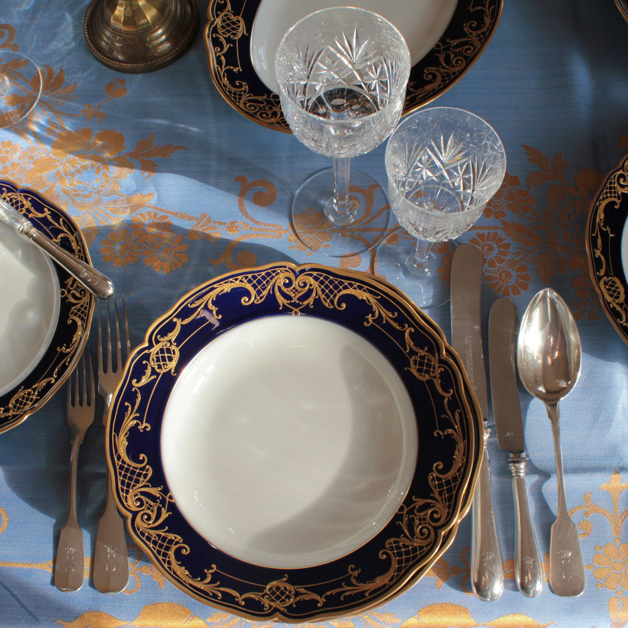 Kpm Berlin Speiseservice Speiseteller Suppenteller Teller Reliefgold Kobalt Blau Plate Dinnerplate Dinner Service Cobalt Blue Raised Gold Rococo Dinner Service Rococo Plates