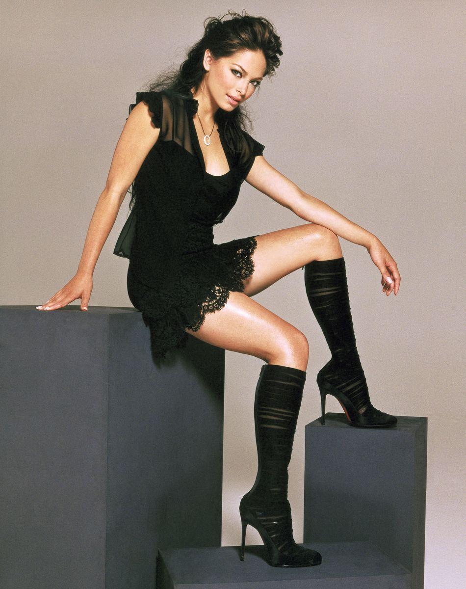 Kristin Kreuk Sexy Legs  Sexy Celebrity Legs  Kristin Kreuk, Sexy -8707