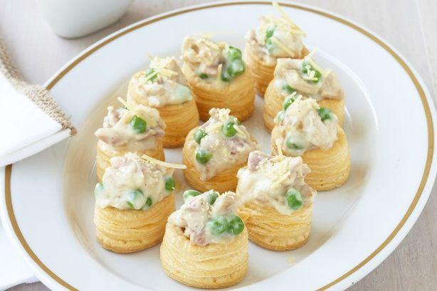 Turkey carbonara vol au vents recipe vol au vent for Pastry canape fillings