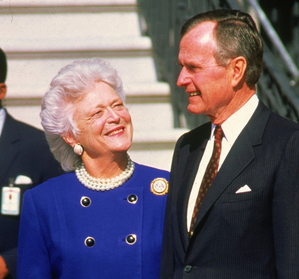 President Bush And Barbara First Lady Gentleman Lady