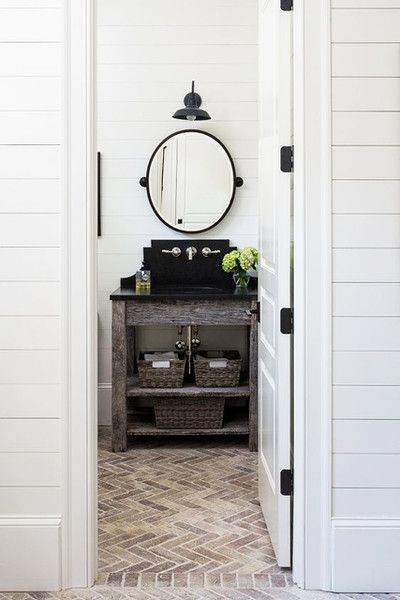 Country Bathroom In 2019 Farmhouse Laundry Room Brick