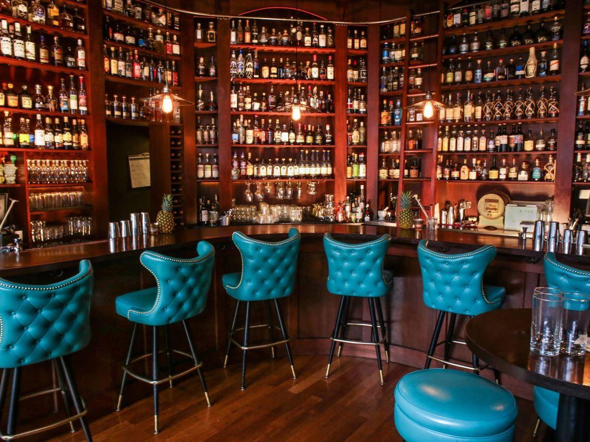 12 Essential Happy Hours Around Seattle 13