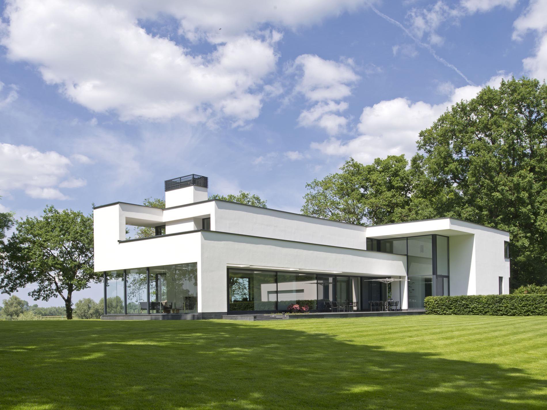 Maas architecten woonhuis gorssel stucwerk modern villa strak