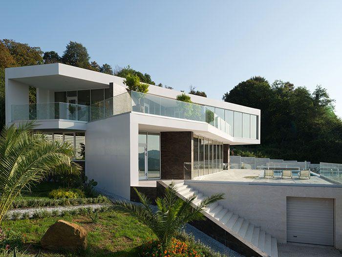 Villa V Spacious Contemporary House In Sochi Russia
