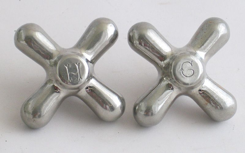 cross-shaped vintage faucet knobs!