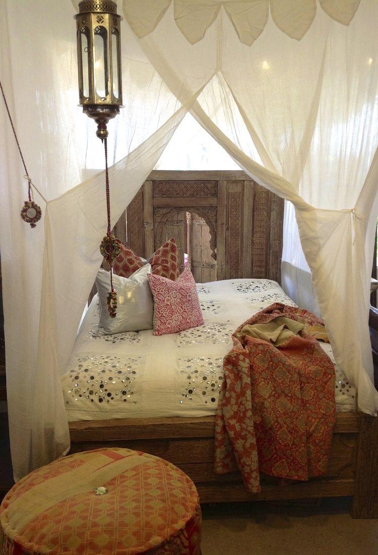 Architecture & Chambre bohème u2013 atmosphère romantique en blanc | Canopy curtains ...
