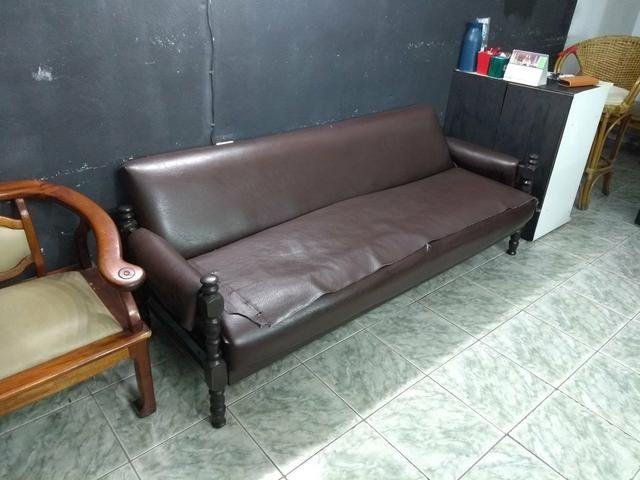 Sofá antigo Urgente | Sofá de madeira, Decoração de casa ...
