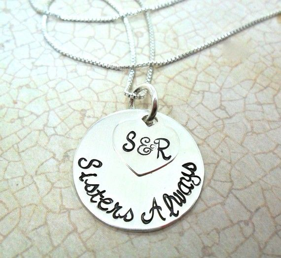 I want this, even though I don't have a sister... It could be a great gift to get your girlfriend though(: