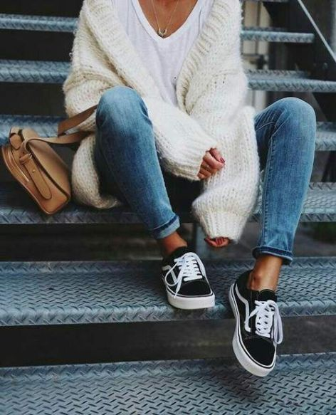 Photo of 10 Ways To Look Cute But Stay Comfy – Society19