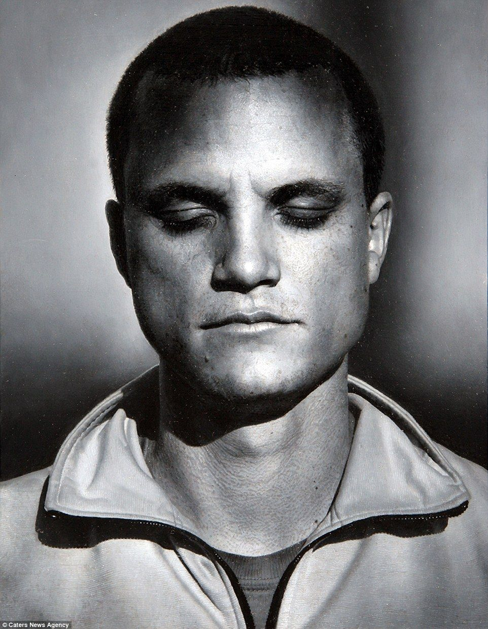 The us artist specialises in beautifully in depth oil painted portraits including this intricate black and white portrait of a man called matt