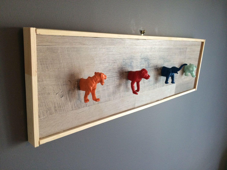 Le chouchou de ma boutique https://www.etsy.com/ca-fr/listing/474263665/support-ou-decoration-murale-crochets