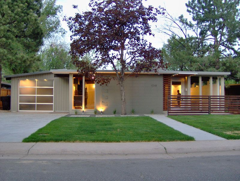 Someday I want a fifties modern ranch style house... Like ...