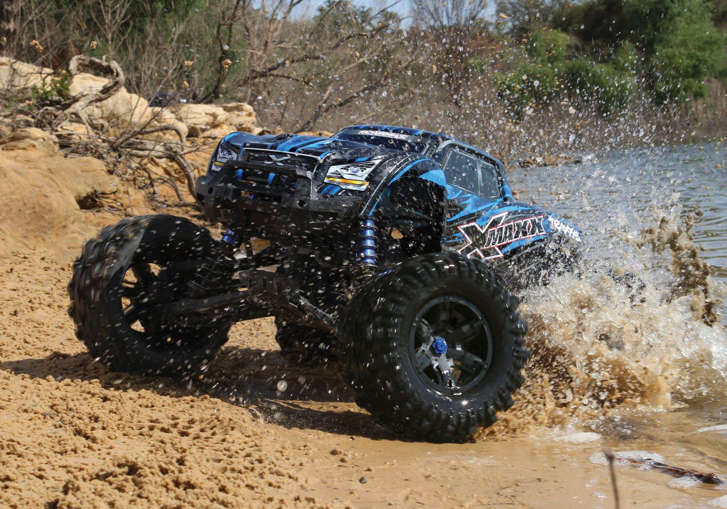 Traxxas XMaxx 1/6 RC Monster Truck RTR. Waterproof! This