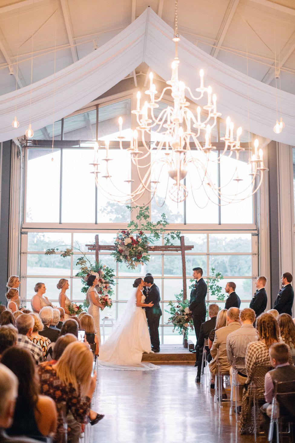 Can't decide between an indoor or outdoor wedding? Cold