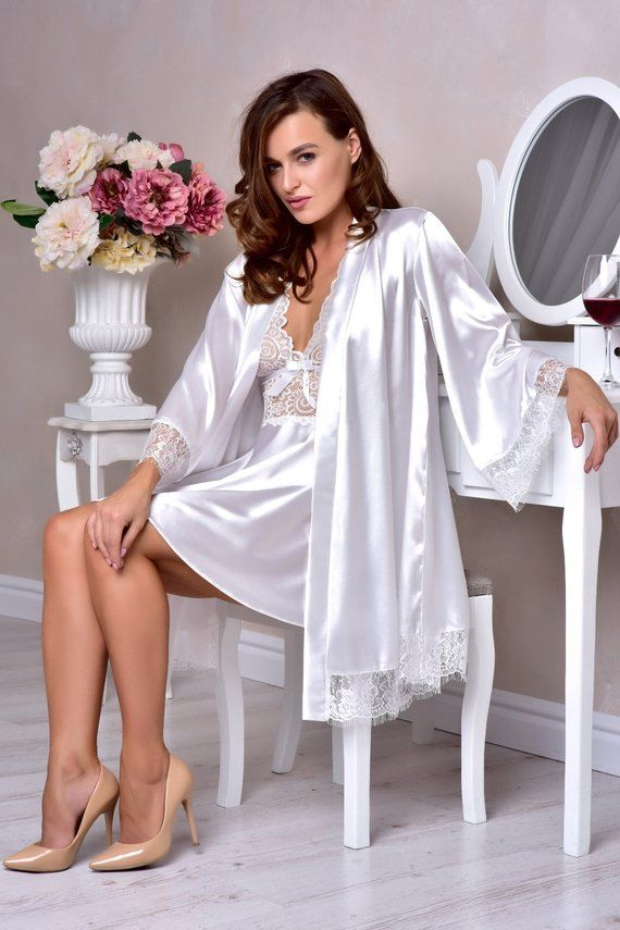 dfa554a1b3 White bridal robe and nightgown set Peignoir set Bridal lingerie wedding  night Kimono lace robe Brid