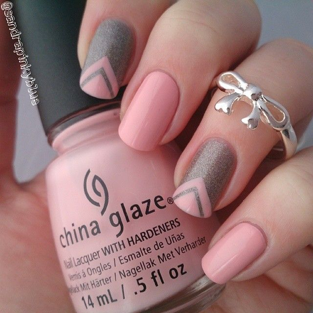 Light Pink And Gray Chevron Nail Design