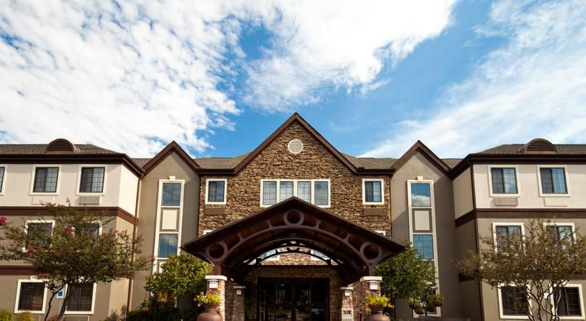 Staybridge Suites Nw Medical Center San Antonio Adjacent To The San Antonio Medical Center With Easy Access To Six Flags Hotel Suites San Antonio Texas Hotels