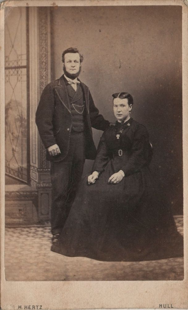 CDV photo of a Victorian Couple taken in Hull around 1870s by H. Hertz at his studio located at 42 Whitefriargate.