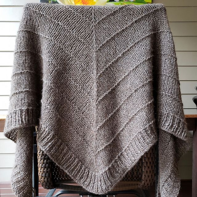 Ravelry: Project Gallery For Boneyard Shawl Pattern By