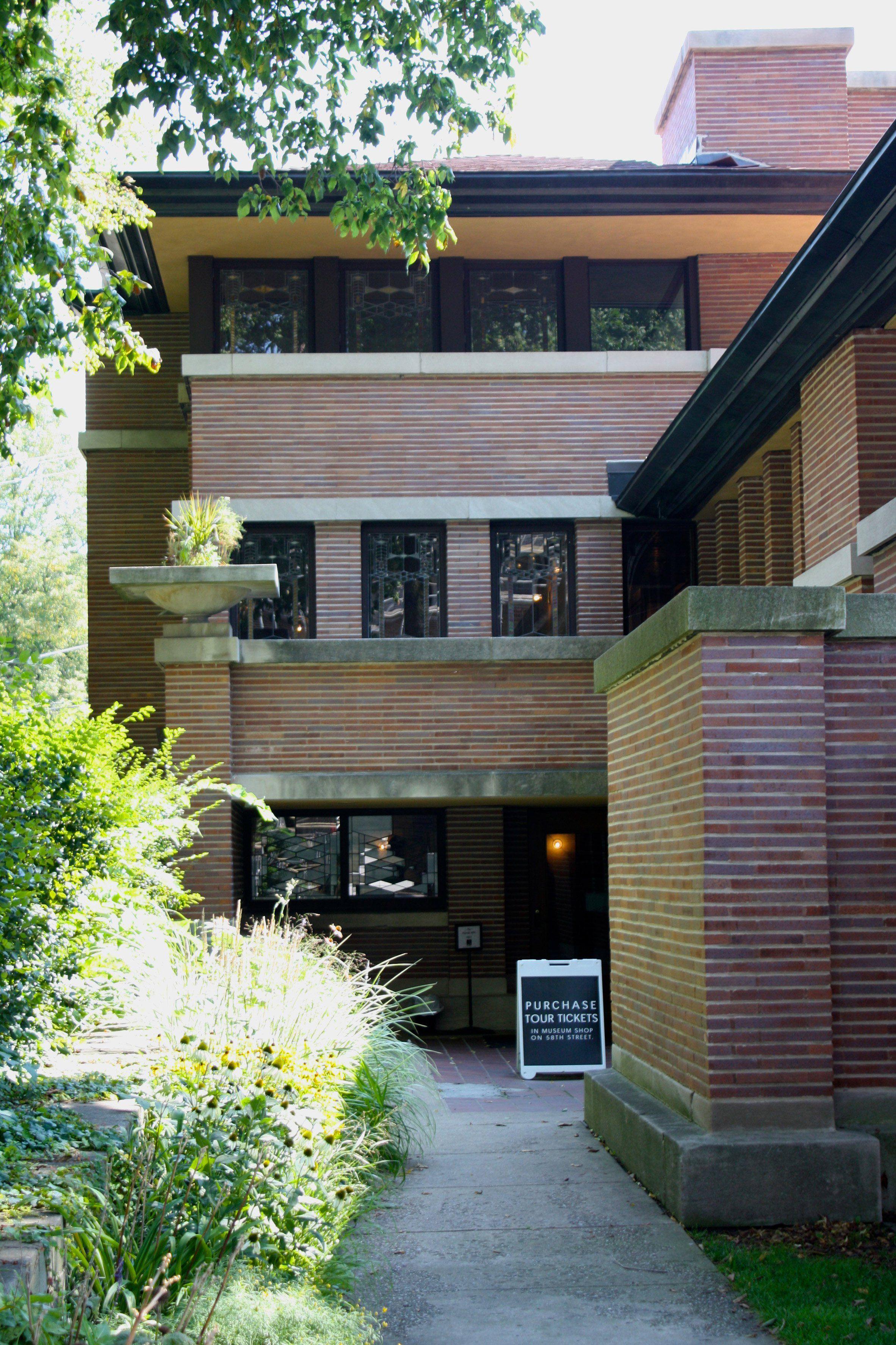 Frank Lloyd Wright S Robie House Prairie Style Mid Century Home Frank Lloyd Wright Robie House Frank Loyd Wright Houses Robie House