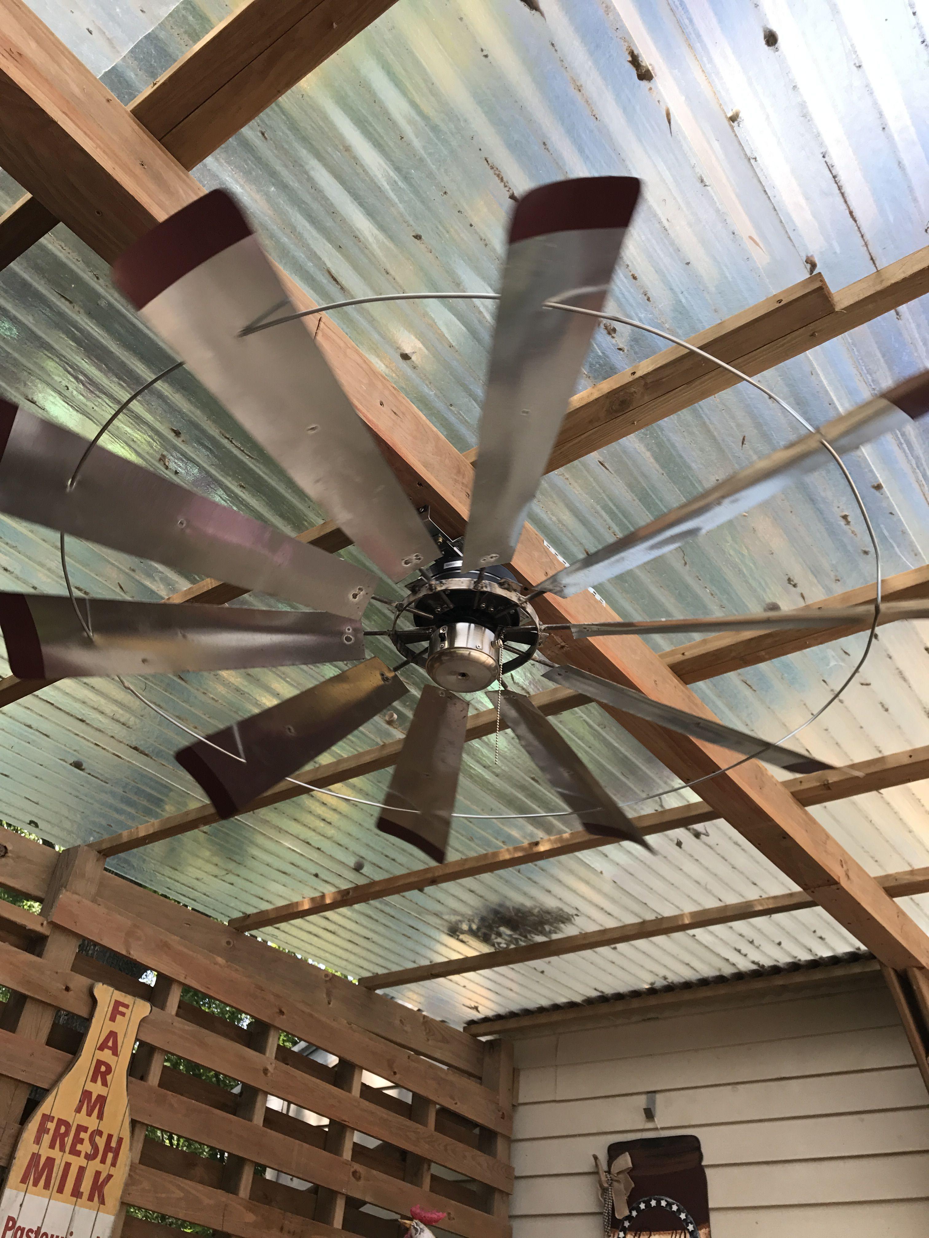 Windmill ceiling fan Rustiq rooster