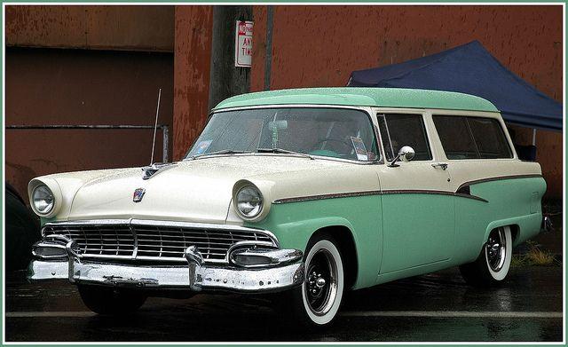 1954 Ford Ranch Wagon Restomod