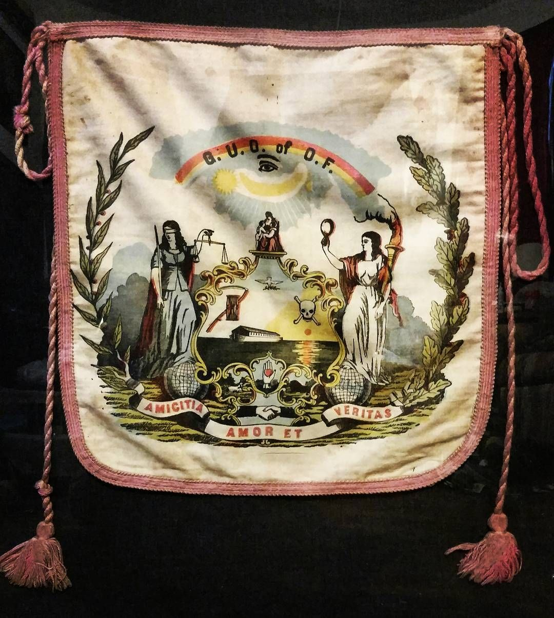 Grand united order of odd fellows ceremonial apron 1845 odd grand united order of odd fellows ceremonial apron 1845 biocorpaavc Image collections