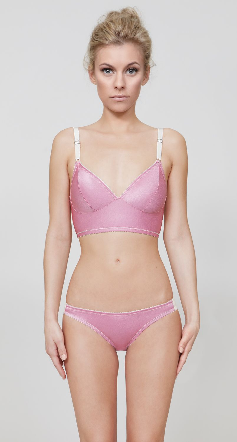 8cbd8aa3d7798 Fortnight Lingerie : 'Luna' Long-Line This is the ONLY lingerie company  that actually has SUPPORTIVE WIRELESS bras for woman with LARGE cup sizes!