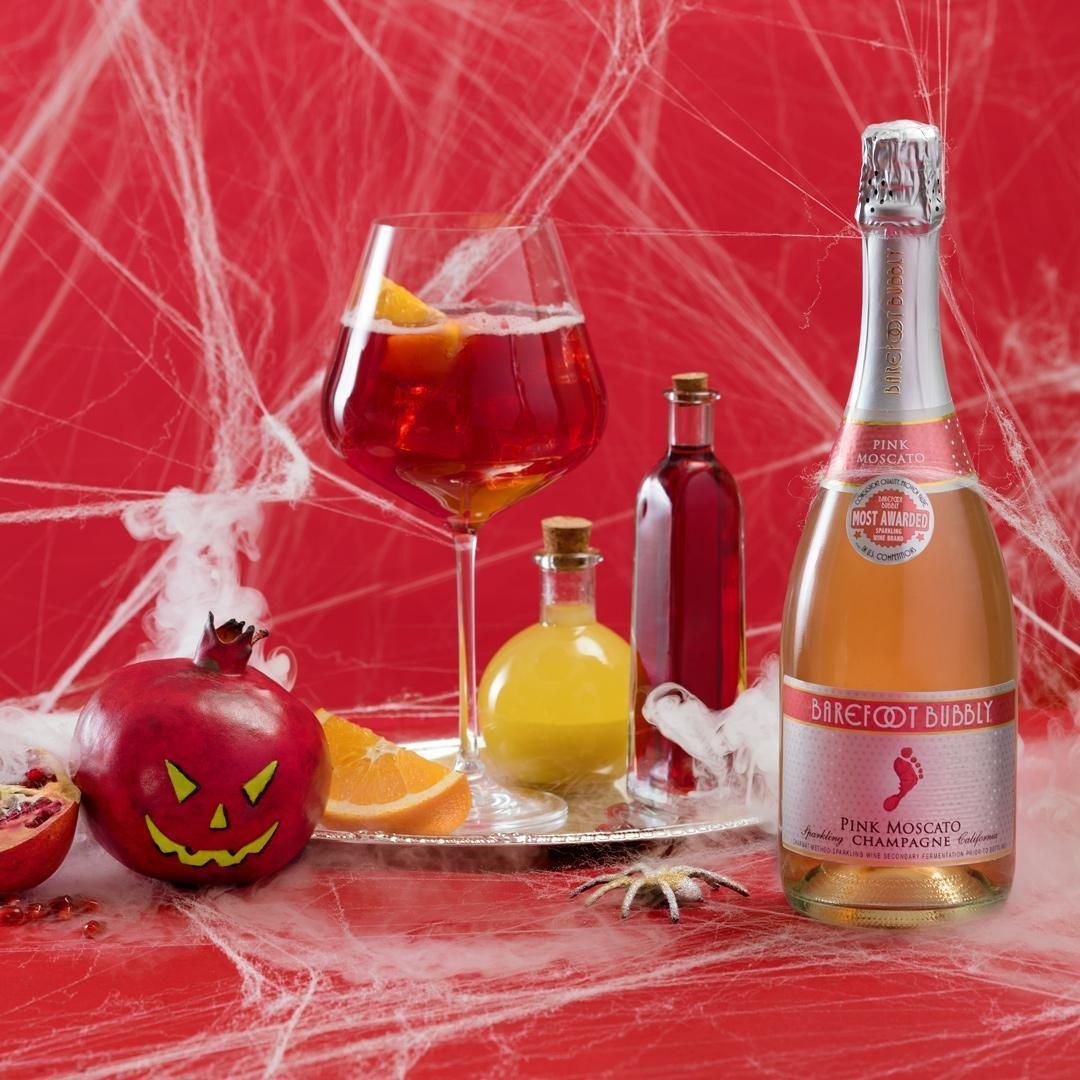 Halloween Cocktail Recipes 2019: 17 Quick Alcoholic Drinks With Vodka, Punch, More #vodkapunch Halloween Cocktail Recipes 2019: 17 Quick Alcoholic Drinks With Vodka, Punch, More #vodkapunch Halloween Cocktail Recipes 2019: 17 Quick Alcoholic Drinks With Vodka, Punch, More #vodkapunch Halloween Cocktail Recipes 2019: 17 Quick Alcoholic Drinks With Vodka, Punch, More #vodkapunch