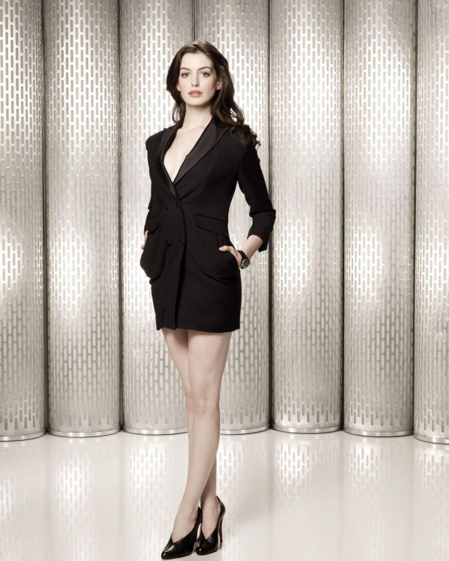 Anne Hathaway in a Get Smart promo. Definitive barely ...