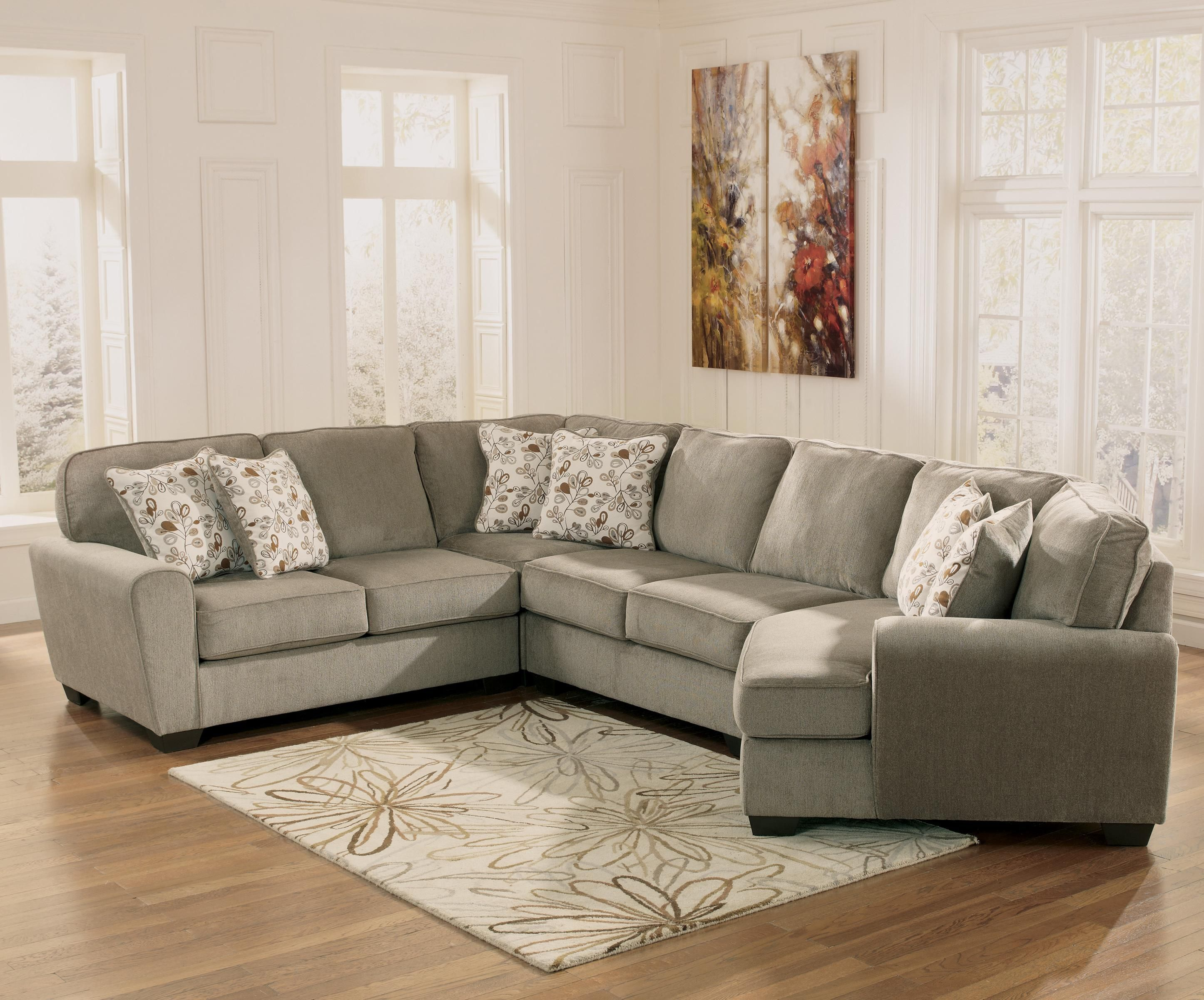 Patola park patina 4 piece small sectional with right for Sectional sofa with chaise and cuddler