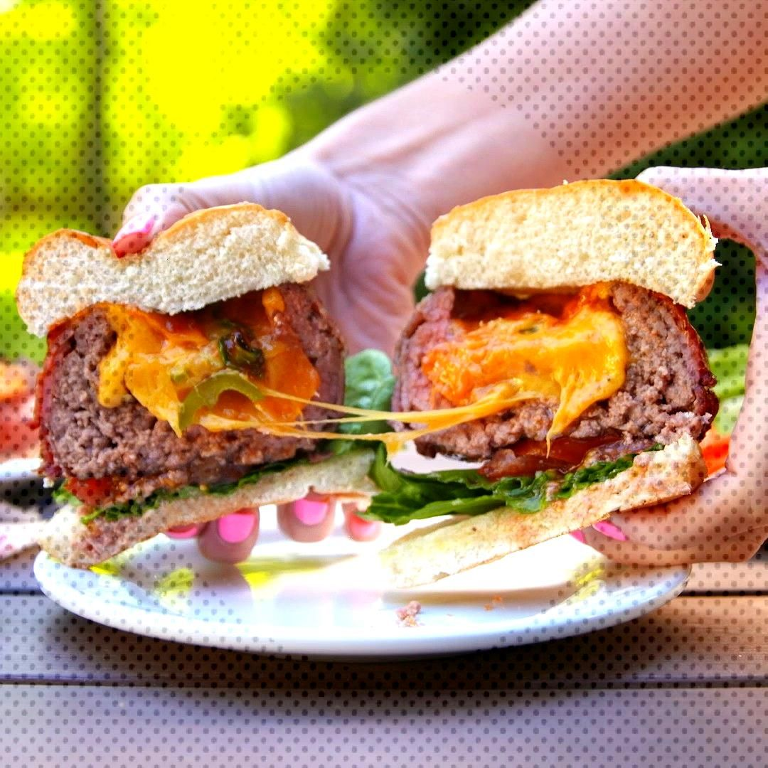 Just when you thought burgers couldnt get any better ... these beer can burgers will change everyt