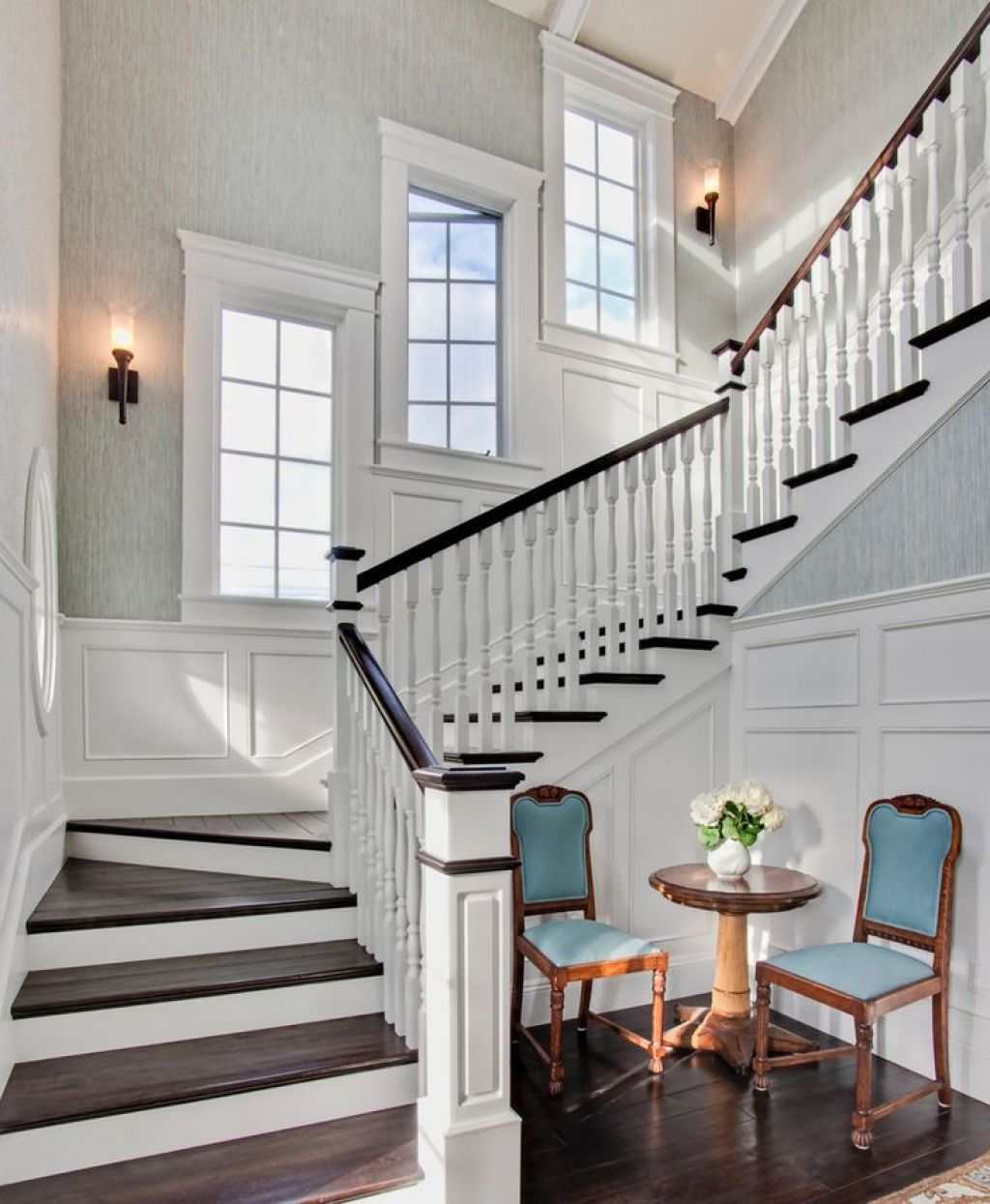 20 Excellent Traditional Staircases Design Ideas: Selecting Window Replacement For Your Old Windows