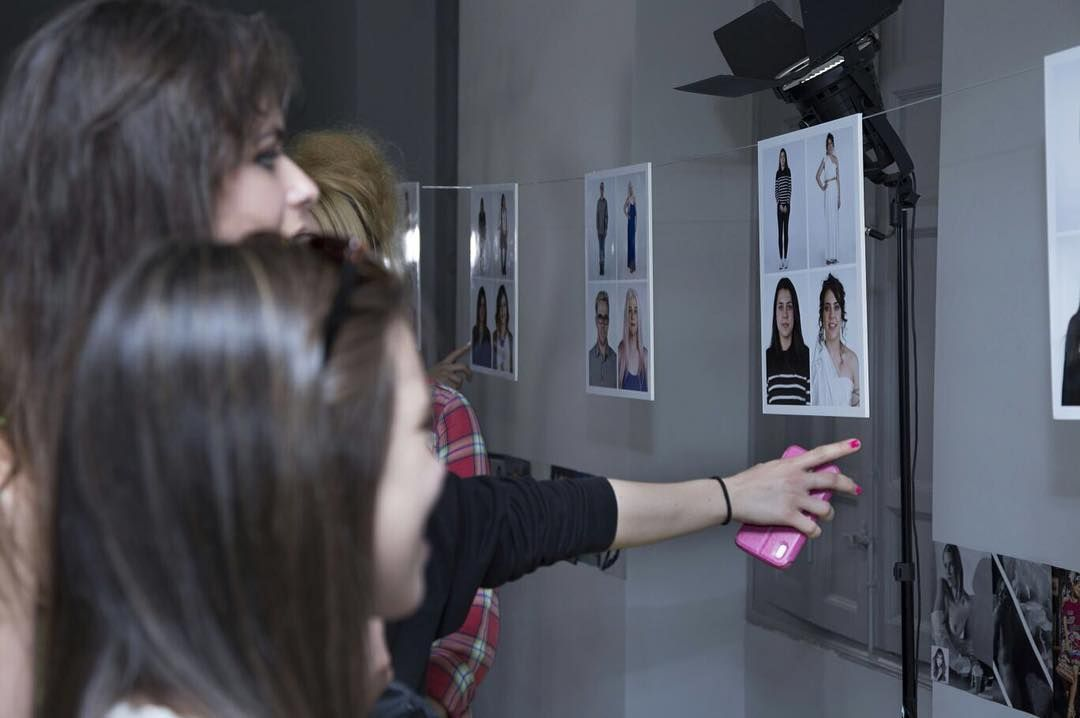 Exposición de nuestros alumnos de Asesoría de Imagen Personal y Corporativa de la #EscuelaCES  #Imagen #Moda #Exposición #Fotografía #Fashion #Event