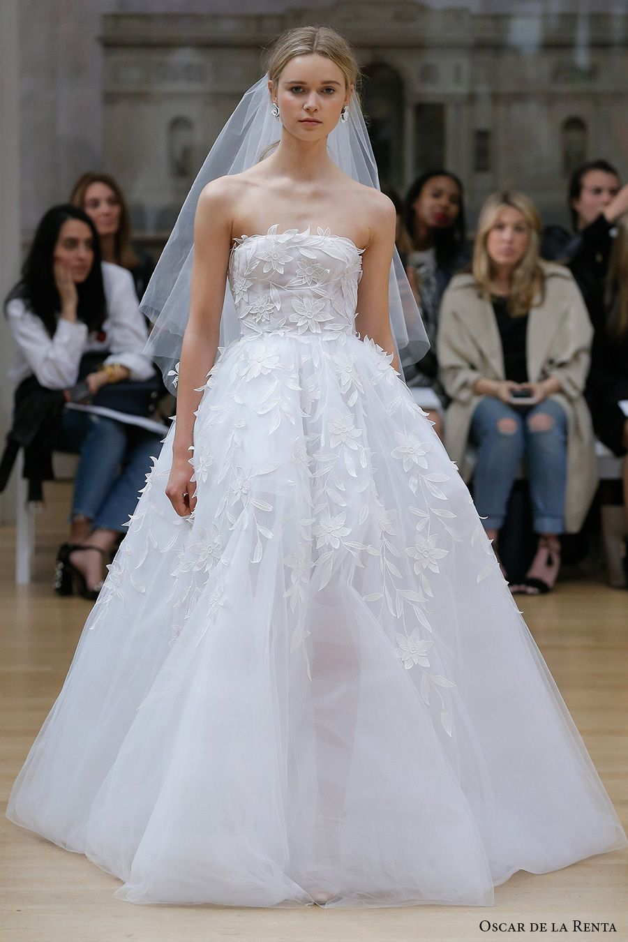 0df80e56dda Oscar de la Renta Spring 2018 Wedding Dresses — New York Bridal ...
