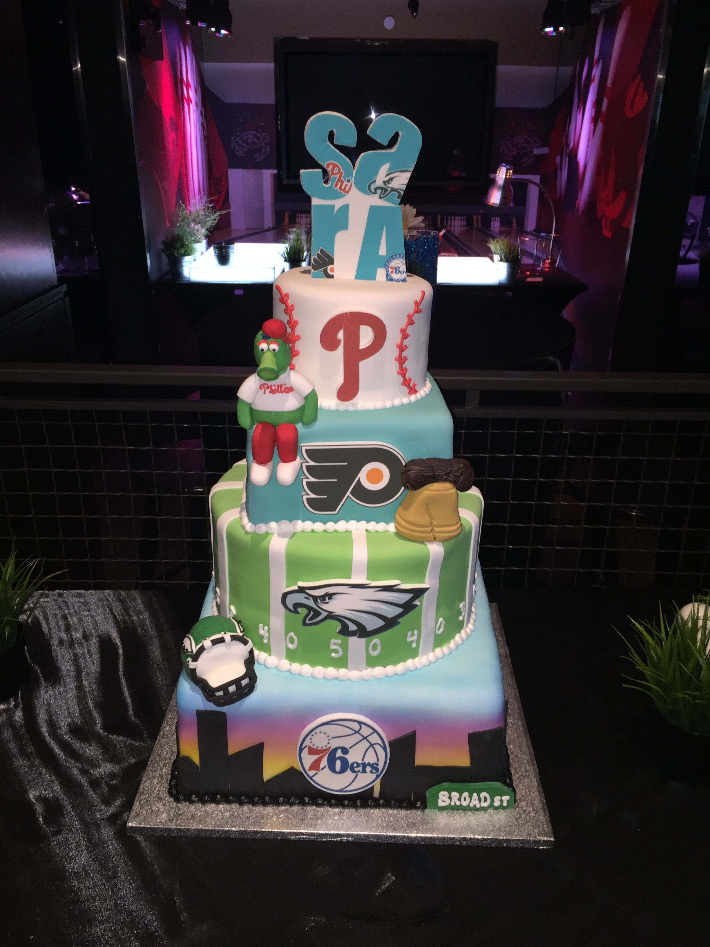 Pin By Tiffany S Bakery On Philadelphia Sports Cakes And