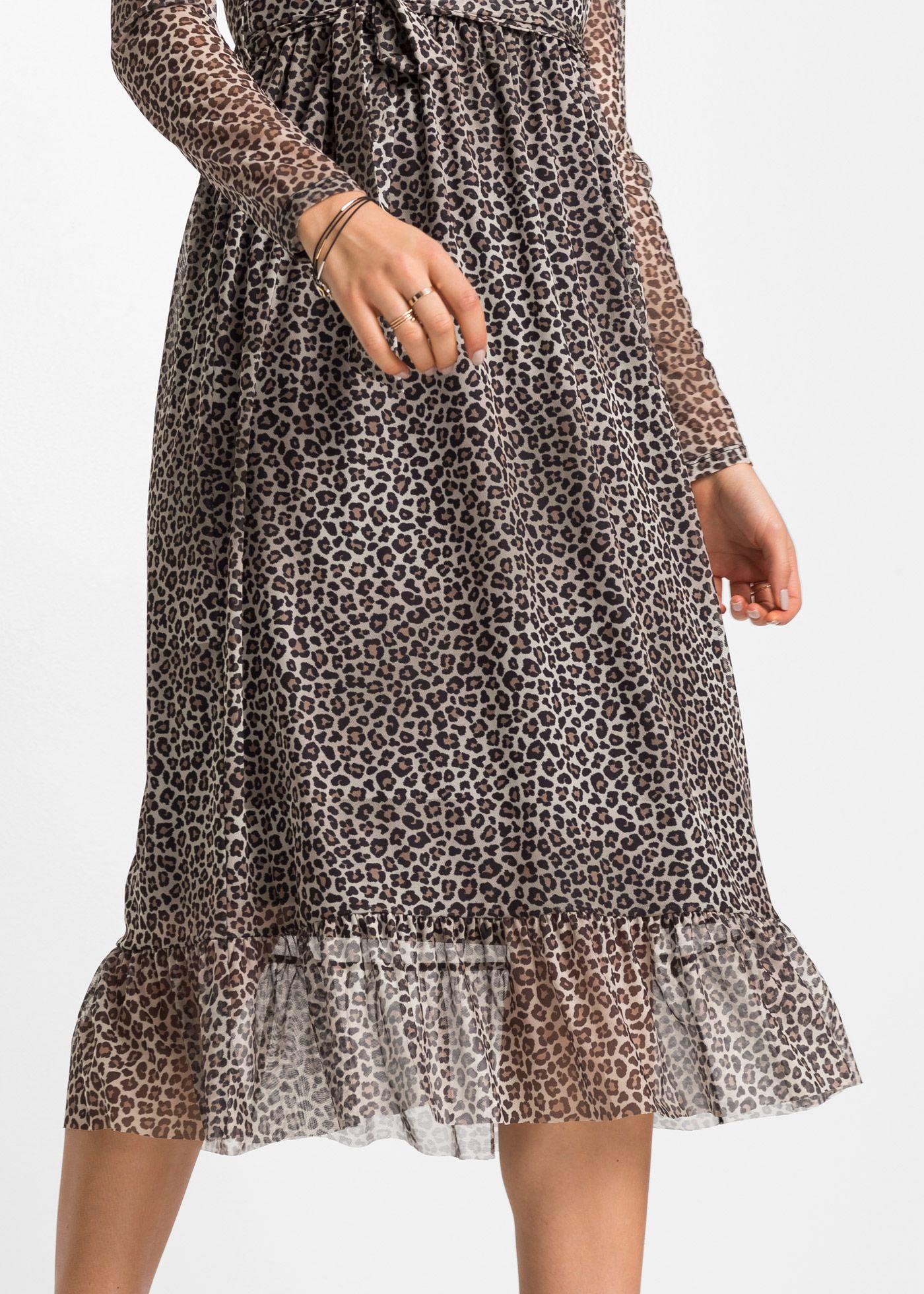 Das Midi-Kleid mit Leodruck sorgt für einen echten ...