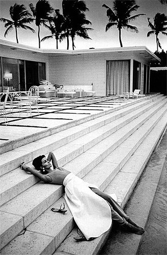 pinterest.com/fra411 #photography - Astrid Heeren, photo by Jeanloup Sieff for Harper's Bazaar in Palm Beach, Florida, May 1964