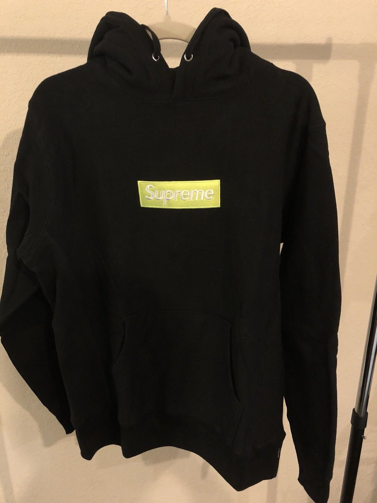 80f86163fde2 supreme box logo hoodie fw17 Black green Bogo size Medium  Supreme  logo   box  clothing  apparel  Gift  Trending  Trend  hot  Shop  Shopping   Holiday ...
