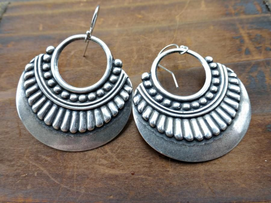 Sterling silver hoop earrings. Tribal, bohemian, boho medium size lightweight earrings. #SterlingSilverBoho